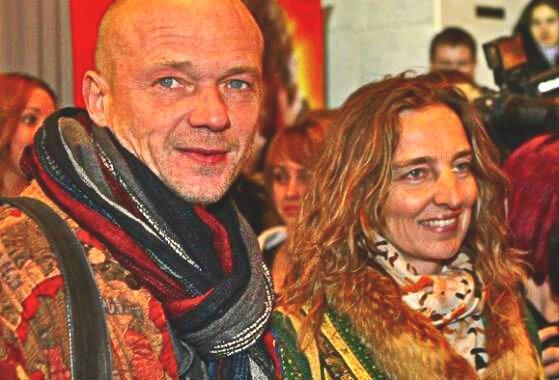 5 актеров из России, которые предпочли в качестве спутниц жизни - обычных женщин и при этом счастливы