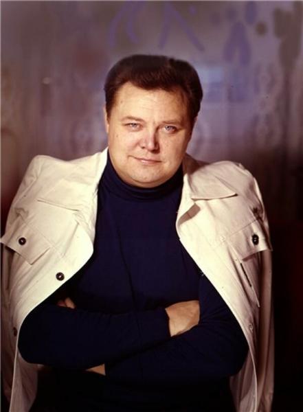 Вячеслав Невинный. Очень необычный актер.