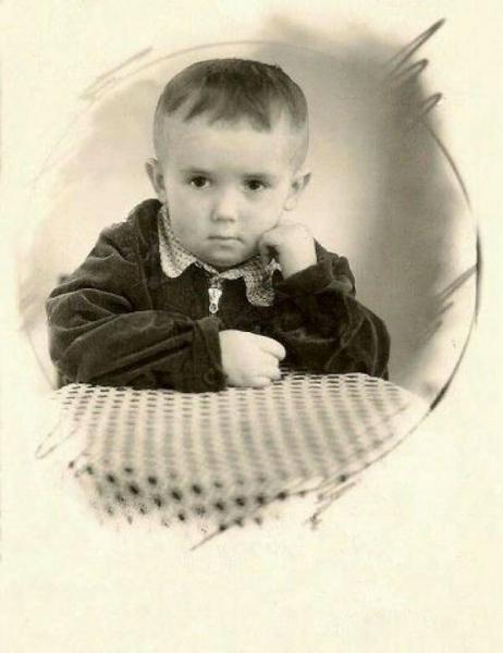 Узнайте актёров СССР по их детским фотографиям.