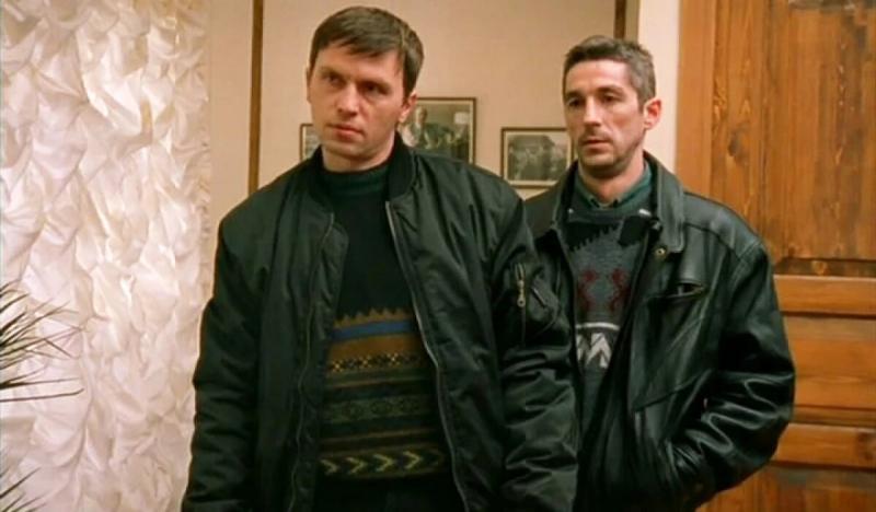 """Почему Макс из сериала """"Бригада"""" так поступил с друзьями Белого: задумка режиссера"""