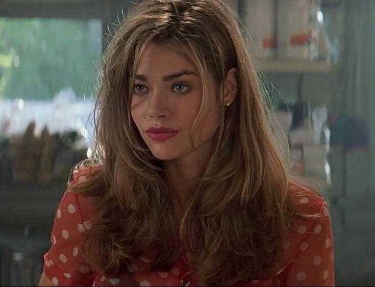 Самые красивые актрисы фильмов с VHS-кассет 90-х. Мнение подростка...