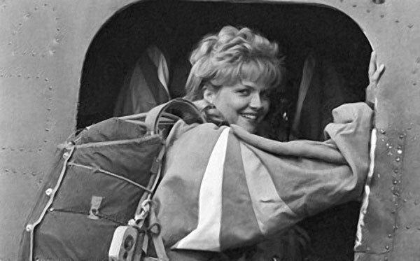110 прыжков с парашютом: как актриса Александра Яковлева пришла в кино