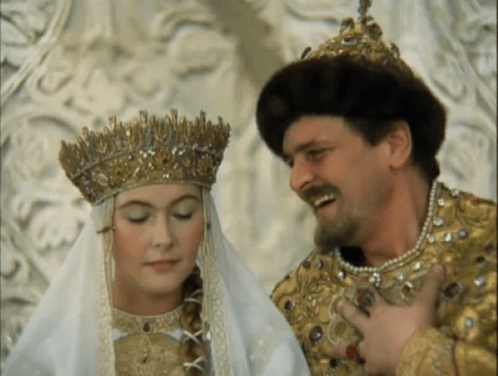 10 интересных деталей, зашифрованных в любимых советских фильмах, которые не замечали зрители