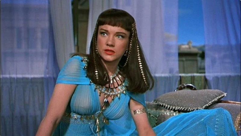 12 явных киноляпов в исторических фильмах, которые все пропустили (а теперь смешно смотреть)