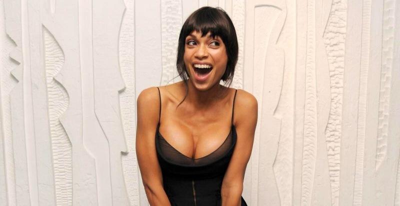 """Лора из фильма """"Люди в черном 2"""". Как сложилась карьера актрисы?"""