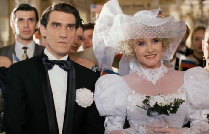 Курьезы «Ширли-Мырли»: Что осталось за кадром самого странного фильма 1990-х гг.