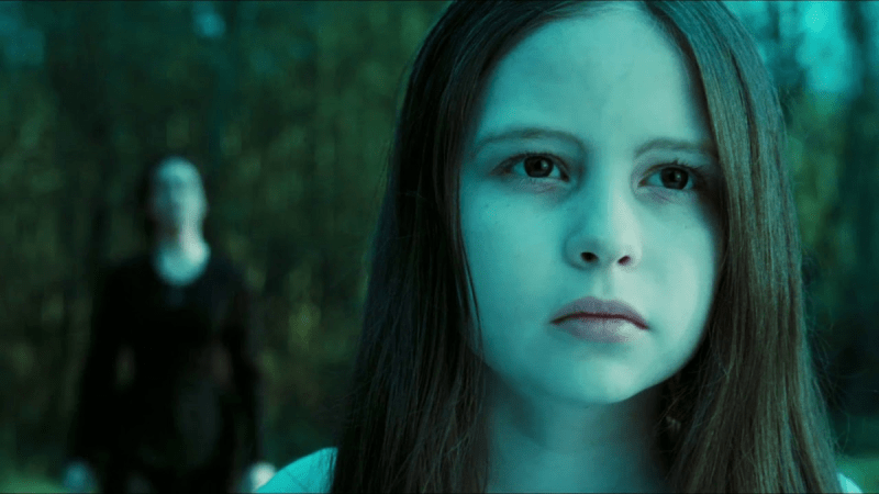 На лицо ужасная ‒ добрая внутри: как выглядит девочка сыгравшая Самару в «Звонке» и как актриса изменилась через 20 лет