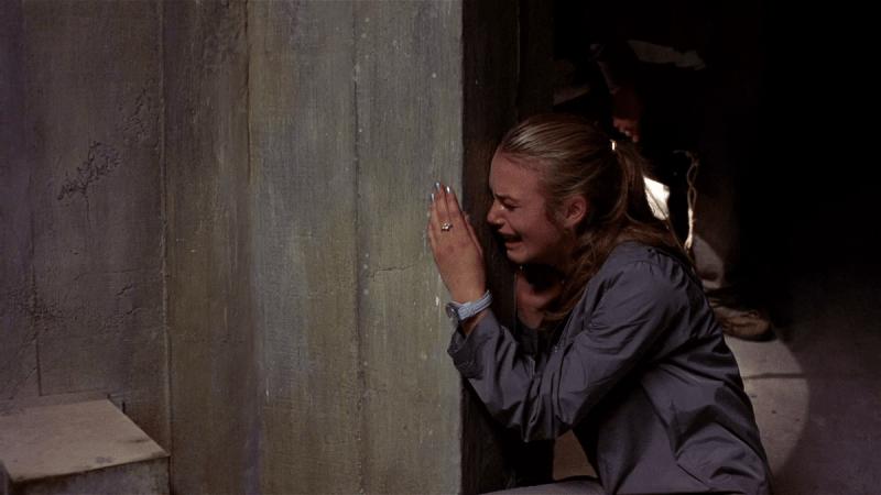 Жуткий фильм, принесший известность Кире Найтли, причем, в качестве блондинки