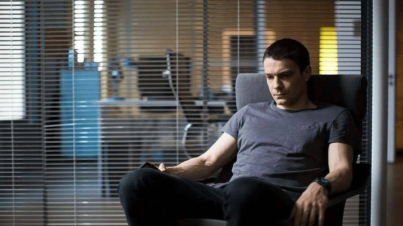 Какие сериалы покажет Первый канал в 2021 году?