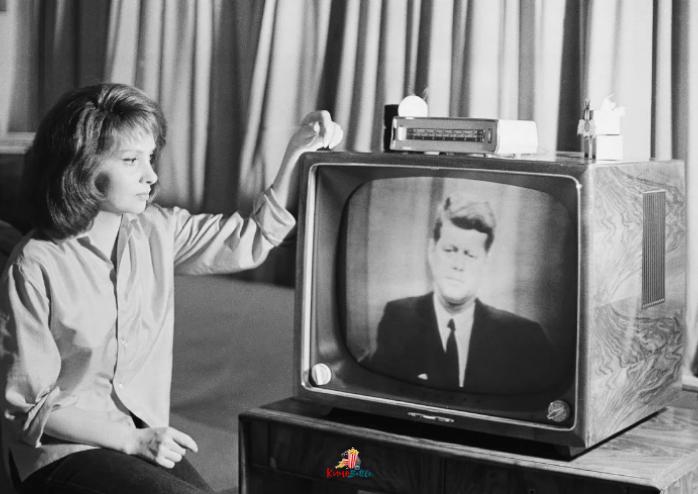 КИНО и ТВ: Телевидение в нашей жизни (фрагменты истории)