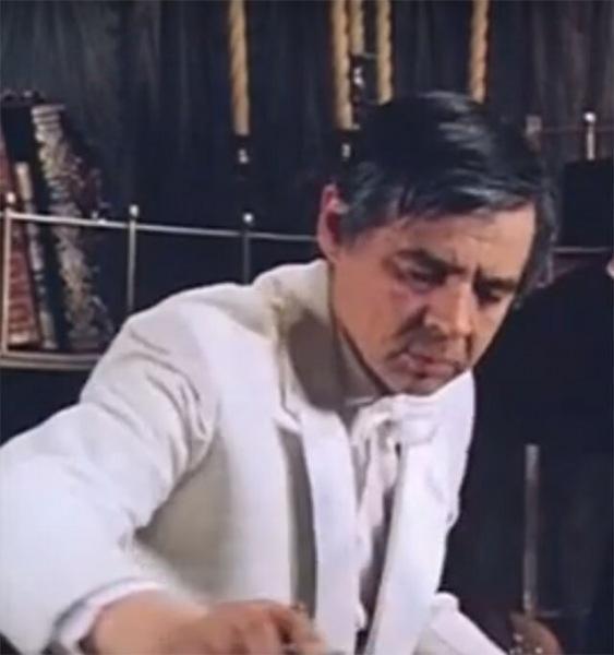 """Вырезанная сцена из фильма """"Гостья из будущего"""""""
