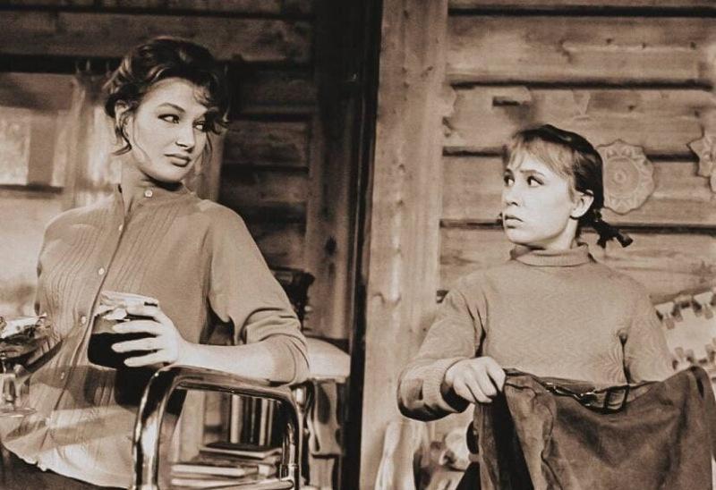 За кадром фильма «Девчата»: про переснятые дубли и нелюбимых партнерш