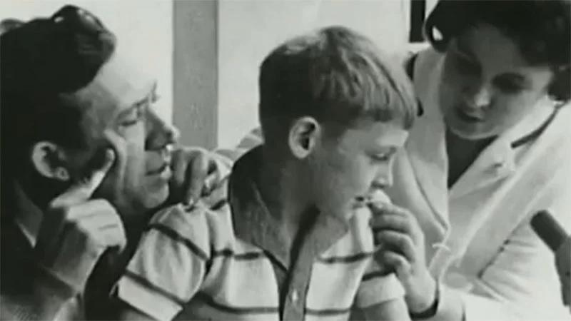 Любимые советские актёры вне съемочной площадки: фото из личного архива. Как известные актёры выглядели в домашней обстановке