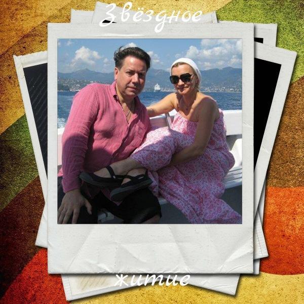 Регистратор Нина Дубровская из «Склифосовского» – Анна Якунина и секрет ее счастья: 24 года в браке, любимый муж, 2 дочери, внук