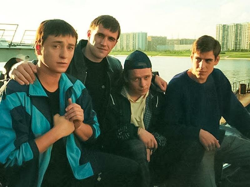 Спустя 18 лет: как сейчас выглядят красавцы из сериала «Бригада»