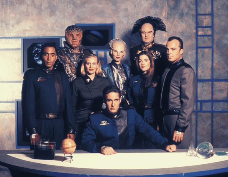 10 Отличных Фантастических сериалов с рейтингом 8.0 и Выше #2