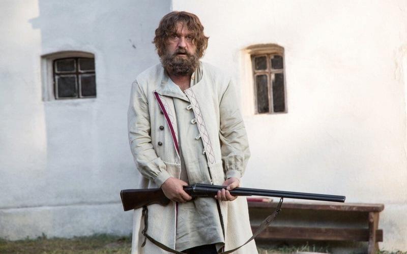 И тут Балуев зарычал… Угрюмое размышление о новом сериале «Угрюм-река»
