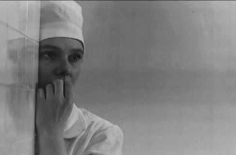 """Нина Иванова - ранняя слава и одинокая старость. Почему звезду """"Весны на заречной улице"""" в последний путь провожали соседи…"""