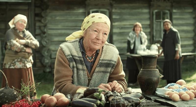 В 33 года она сыграла в фильме вчерашнюю школьницу и до сих пор считает, что это была ее лучшая роль. Нина Антонова